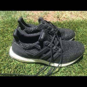 Men's Adidas Ultraboost Running shoes sz 9.5